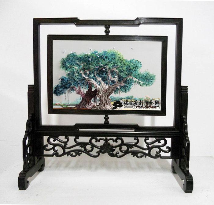 商务刺绣礼品-《大榕树》